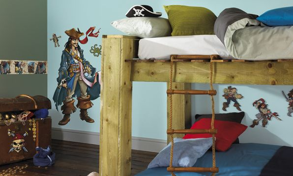 wie gestaltet man ein piratenzimmer kinder gestaltung. Black Bedroom Furniture Sets. Home Design Ideas